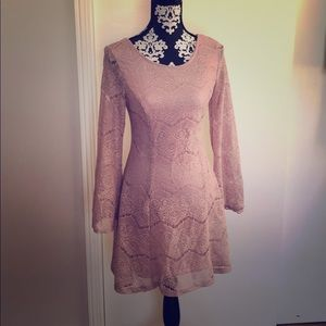 Pink Lace Dress 😍 Has Bell Sleeves!